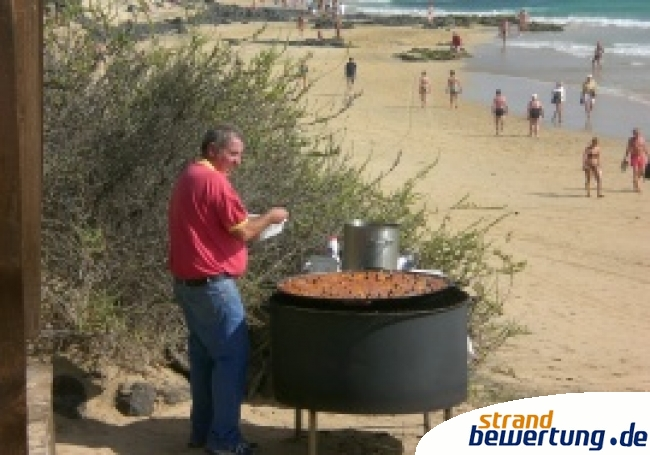 Paella am Strand