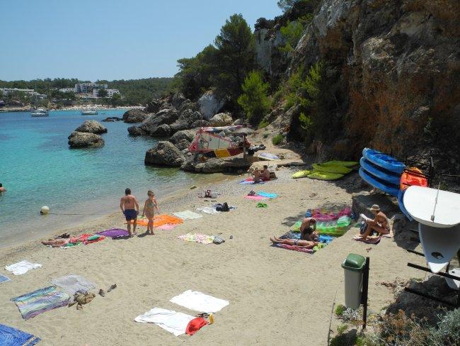 Badebucht Hotelbild Hotel Bg Portinatx Beach Club Strandbewertung De