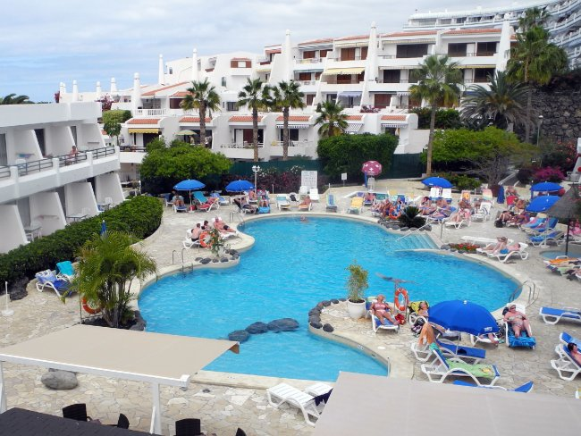 Großer Pool großer pool hotelbild aparthotel hovima panorama strandbewertung de