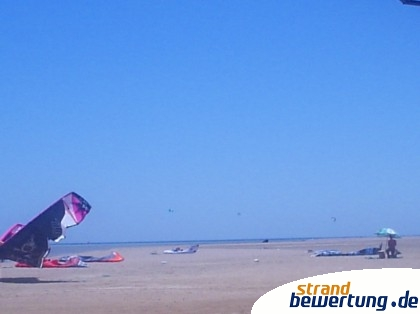 Mangroovy Beach